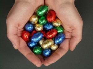 egy maroknyi csokitojás